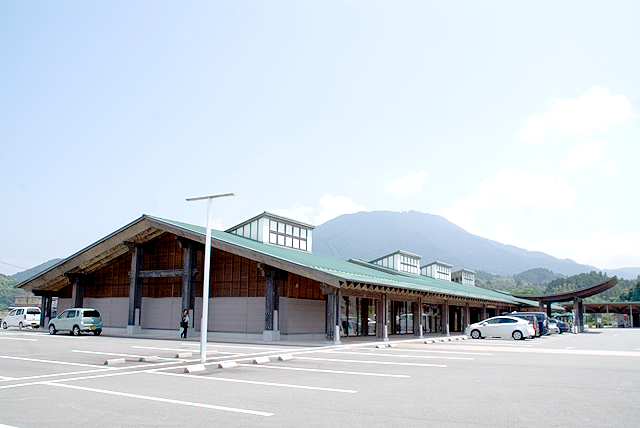 闘牛とお城の街 宇和島市! 道の駅「みま」