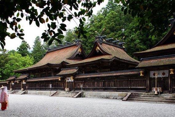 聖地巡りに自分だけの手作り温泉! 道の駅 奥熊野古道ほんぐう