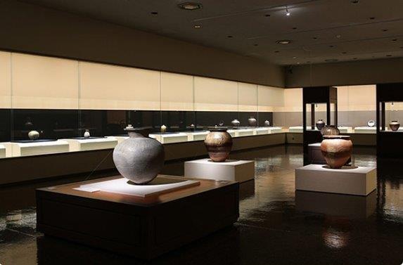 1300年の陶磁器文化が息づく街 道の駅瀬戸しなの