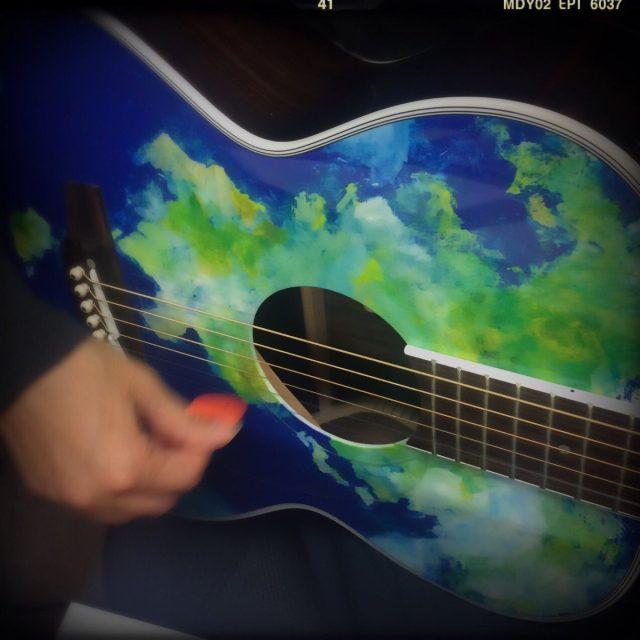 地球ギター2