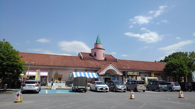 かわいらしい建物が特徴的。西武鉄道秩父駅からも歩いて10分程です。
