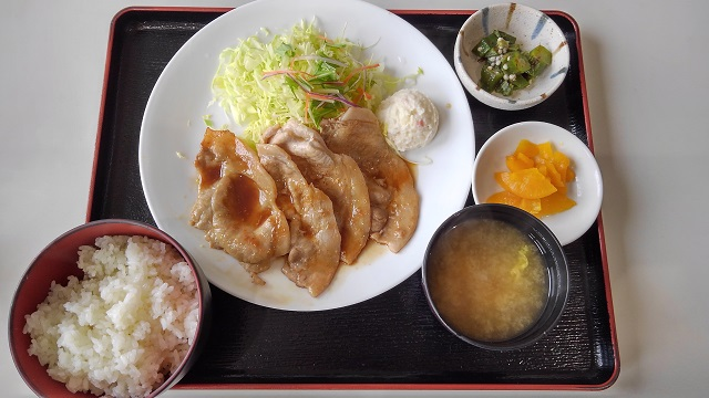 【道の駅 くりもと 紅小町の郷】「生姜焼き定食」