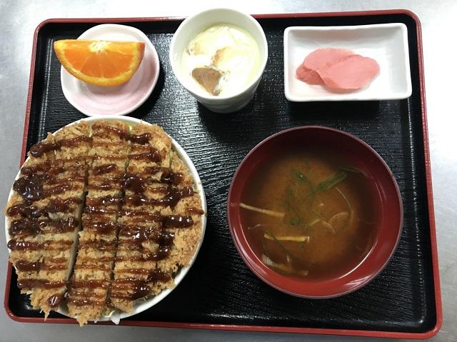 【道の駅 平成】「しいたけカツ丼」