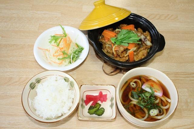 【道の駅 美並】「カレー鶏ちゃん定食」